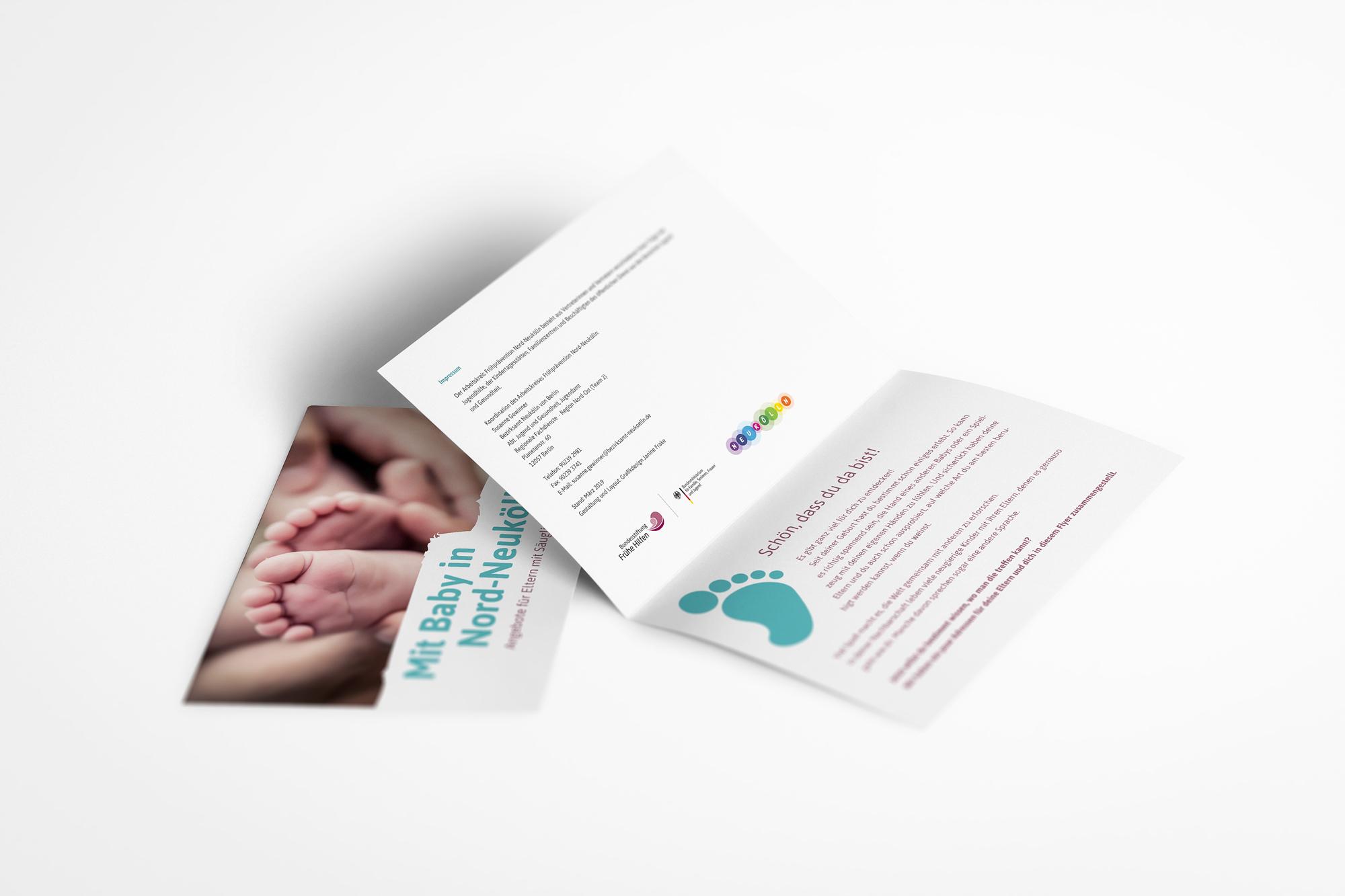 Faltflyer - Mit Baby in Neukölln - Bezirksamt Neukölln - Gestaltung für Print und Web - Grafikdesign Janine Frake